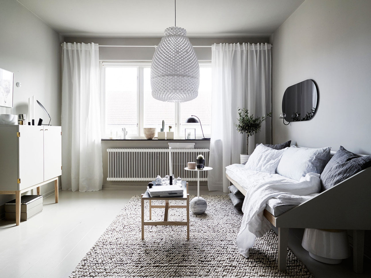Однокомнатная хрущевка серый дизайн