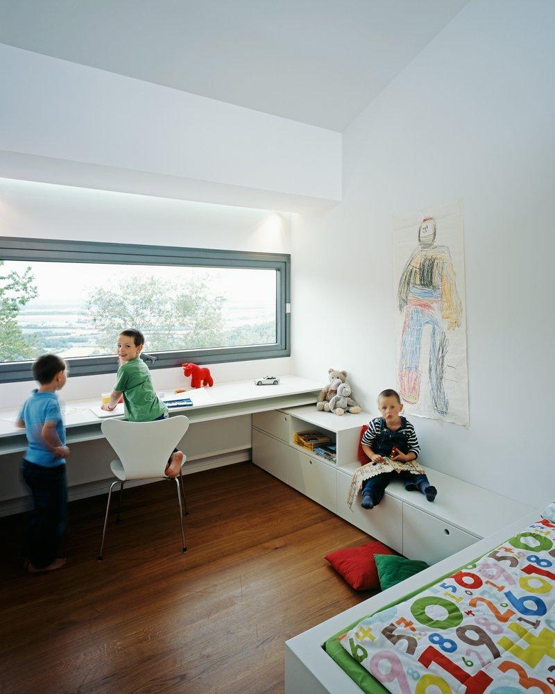 Планировка детской комнаты для трех детей
