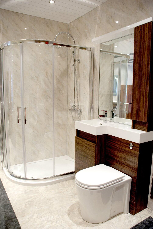 Ремонт туалета панелями установка