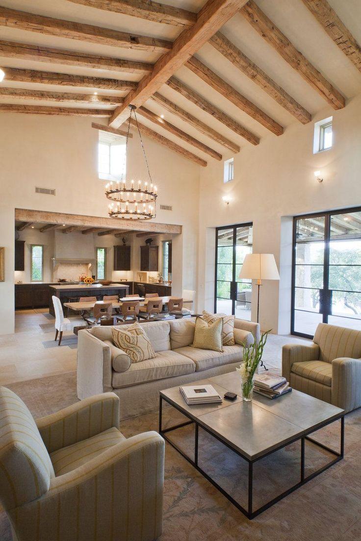 Дизайн кухни гостиной с высокими потолками