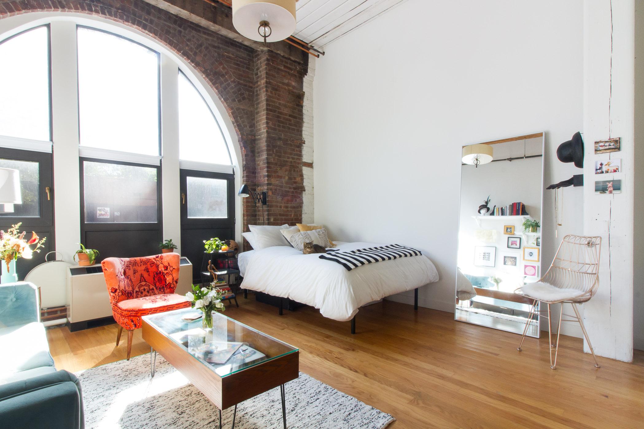 Однокомнатная квартира 40 кв м с высокими потолками