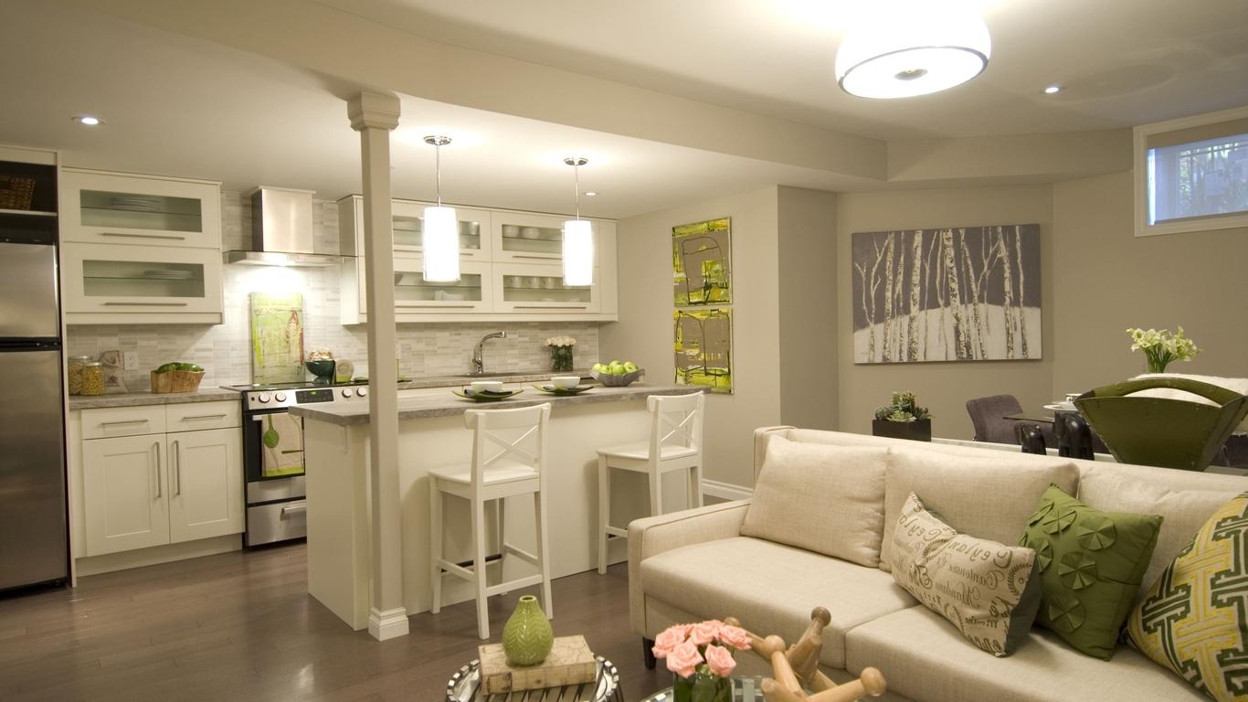 Дизайн кухни гостиной с зеленым декором