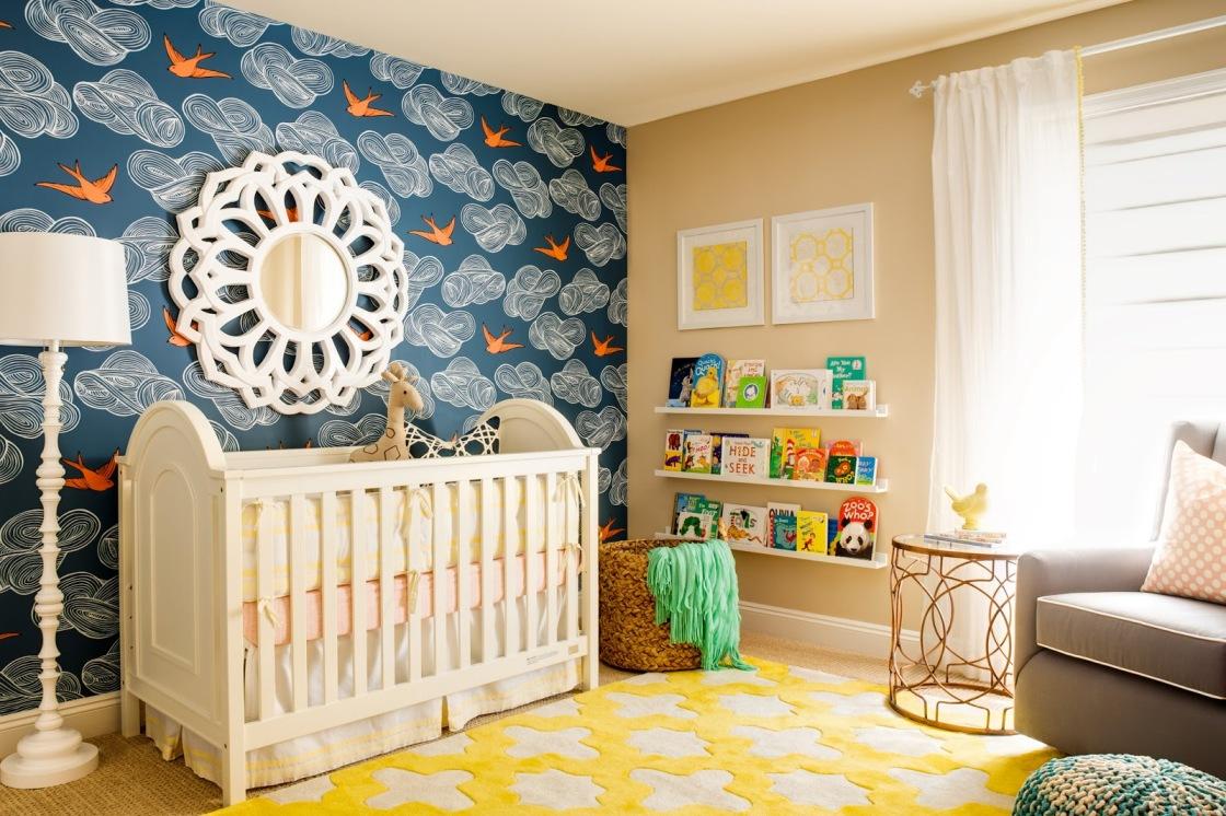 Декор детской комнаты зеркалом