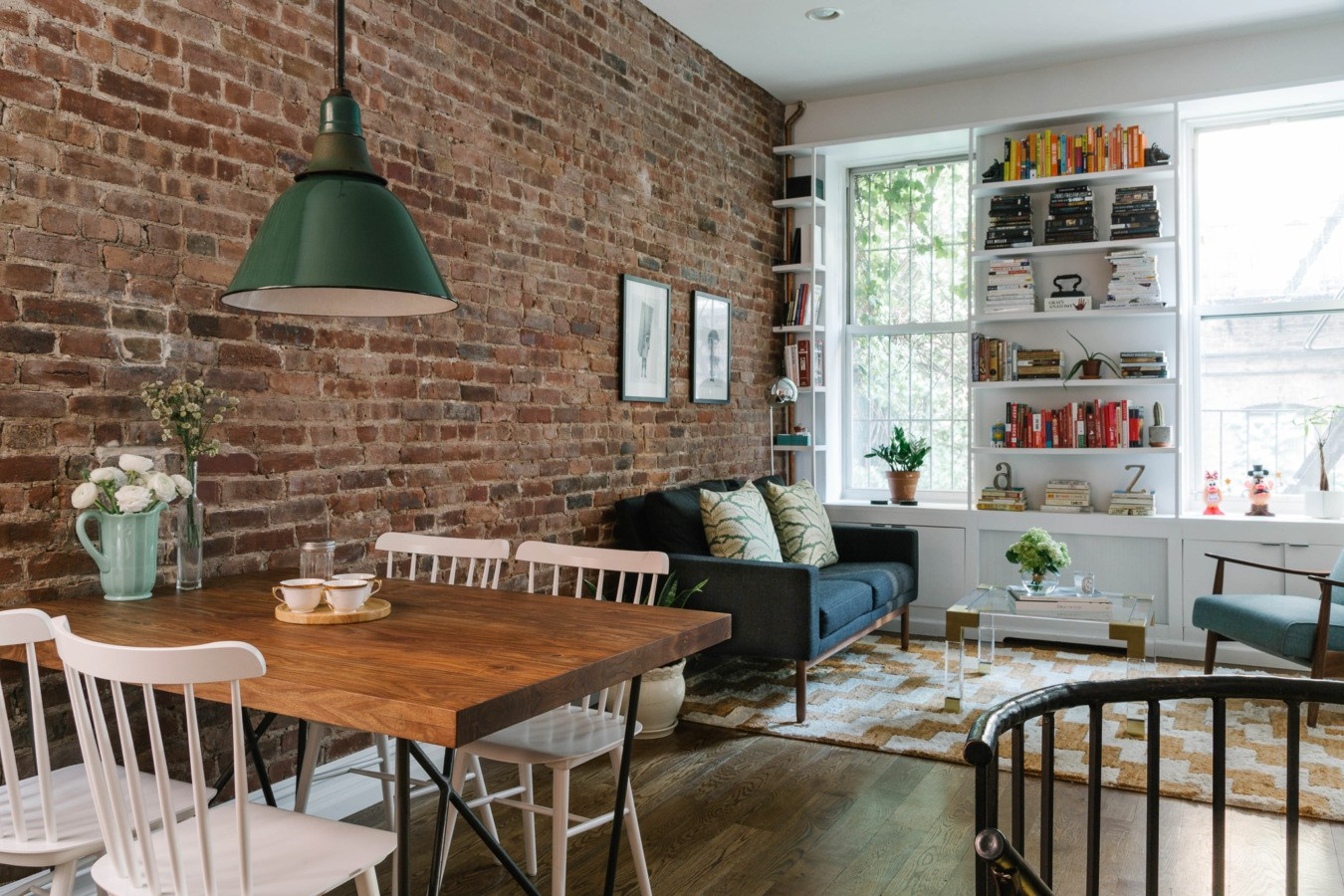Стили однокомнатных квартир с кирпичной стеной