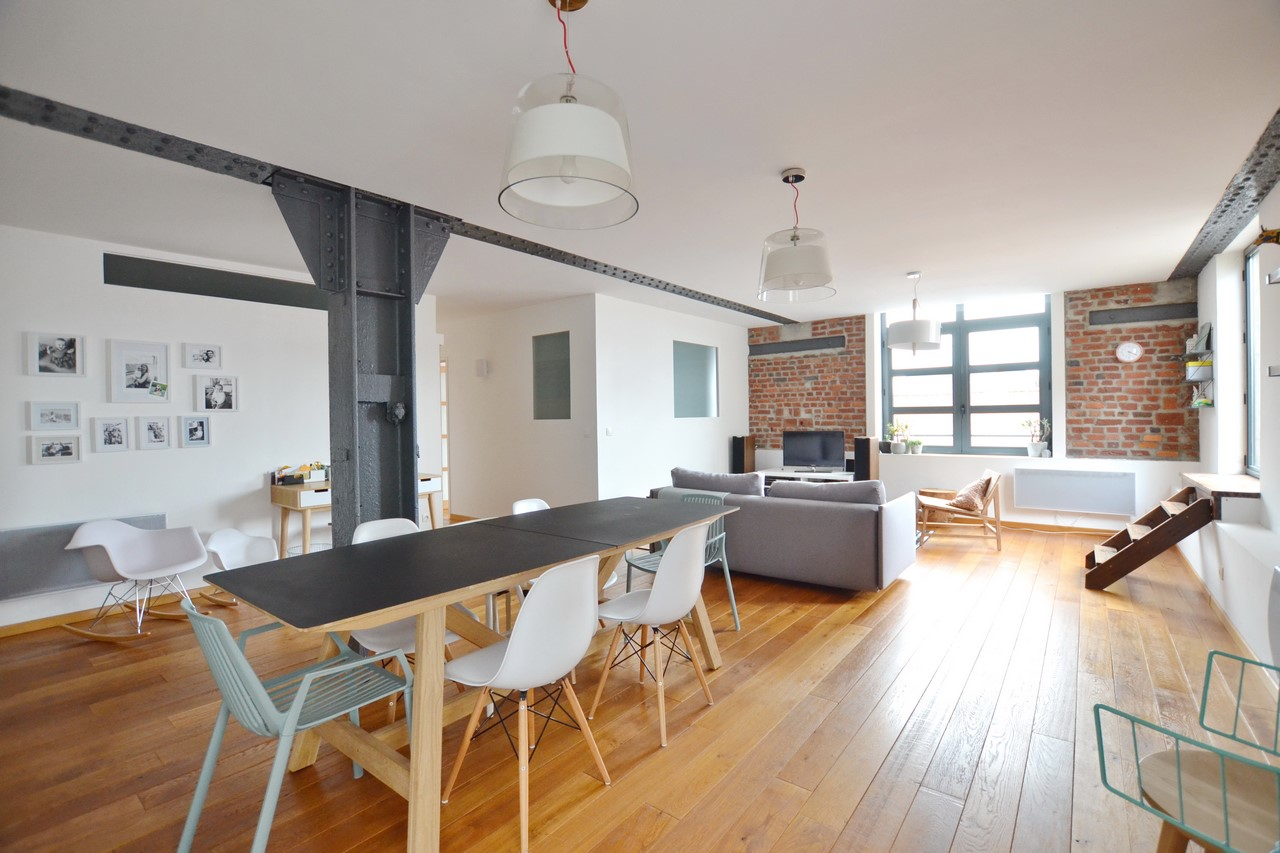 Однокомнатная квартира студия в стиле лофт