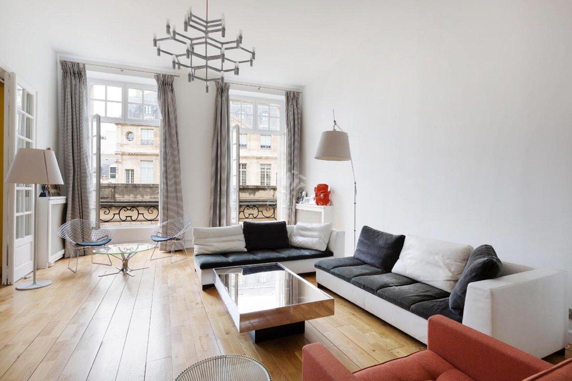 Однокомнатная квартира в стиле минимализм отделка