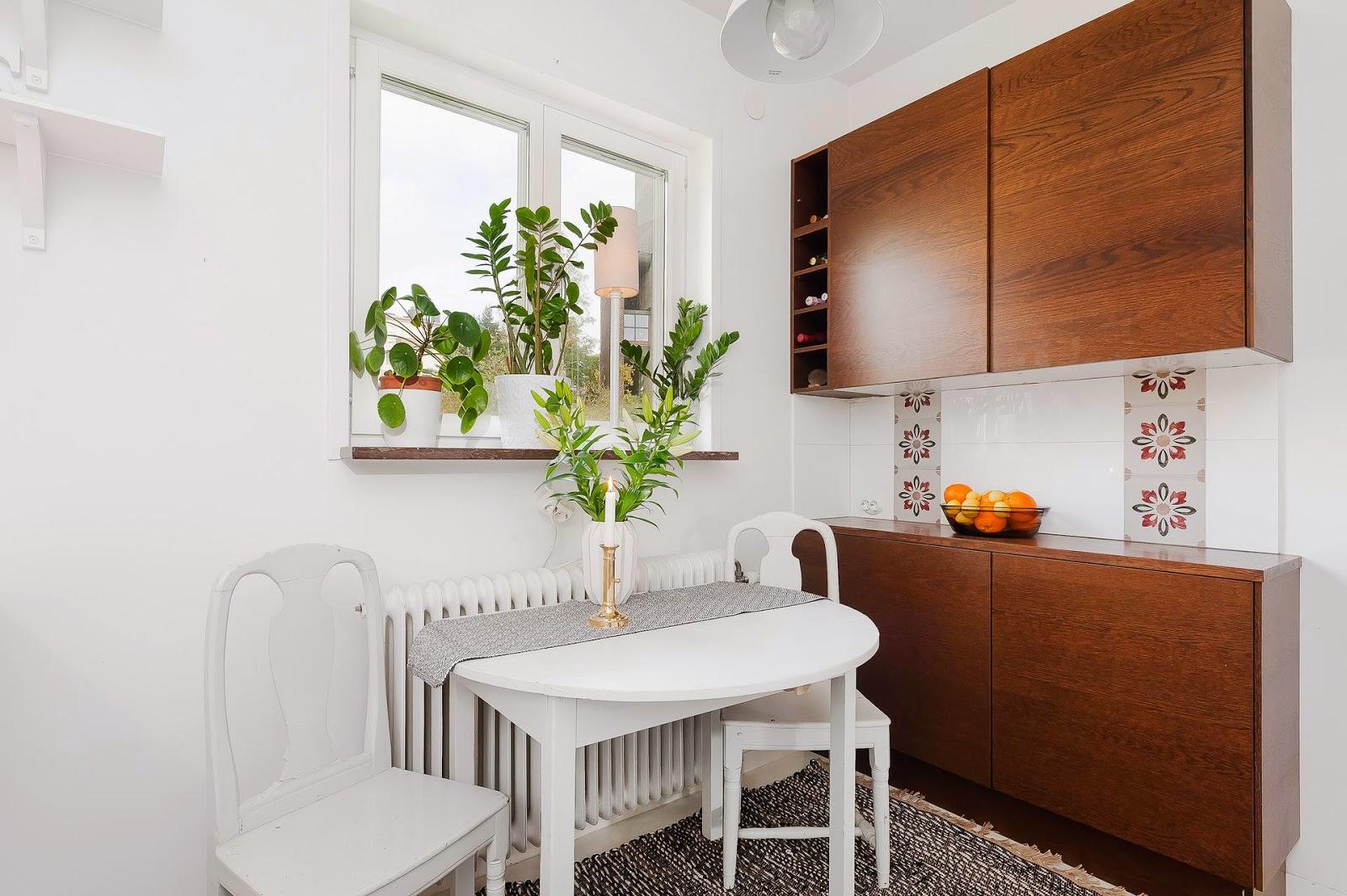 Однокомнатная квартира с маленькой кухней в стиле минимализм