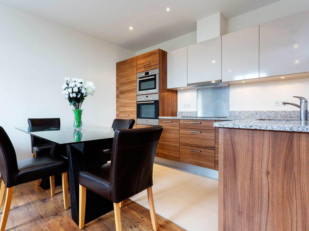 Однокомнатная квартира с кухней в стиле модерн