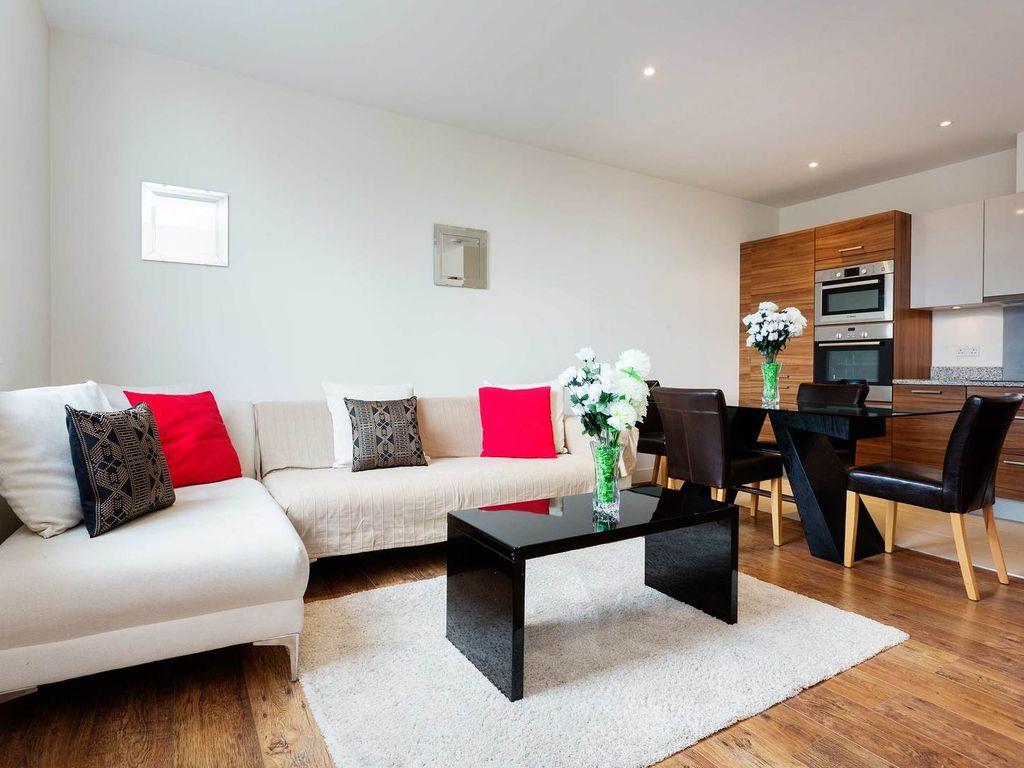Однокомнатная квартира с мебелью в стиле модерн