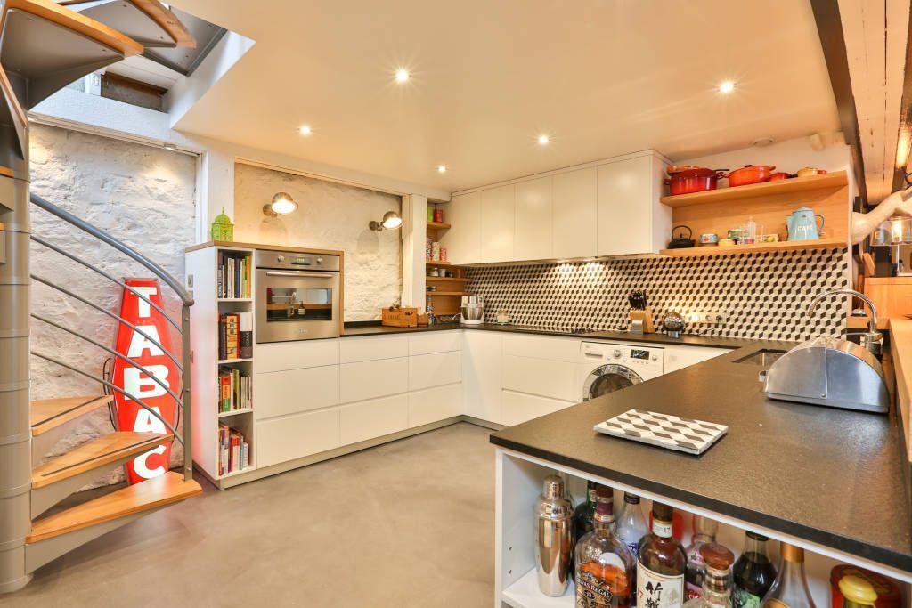 Однокомнатная квартира с кухней в современном стиле