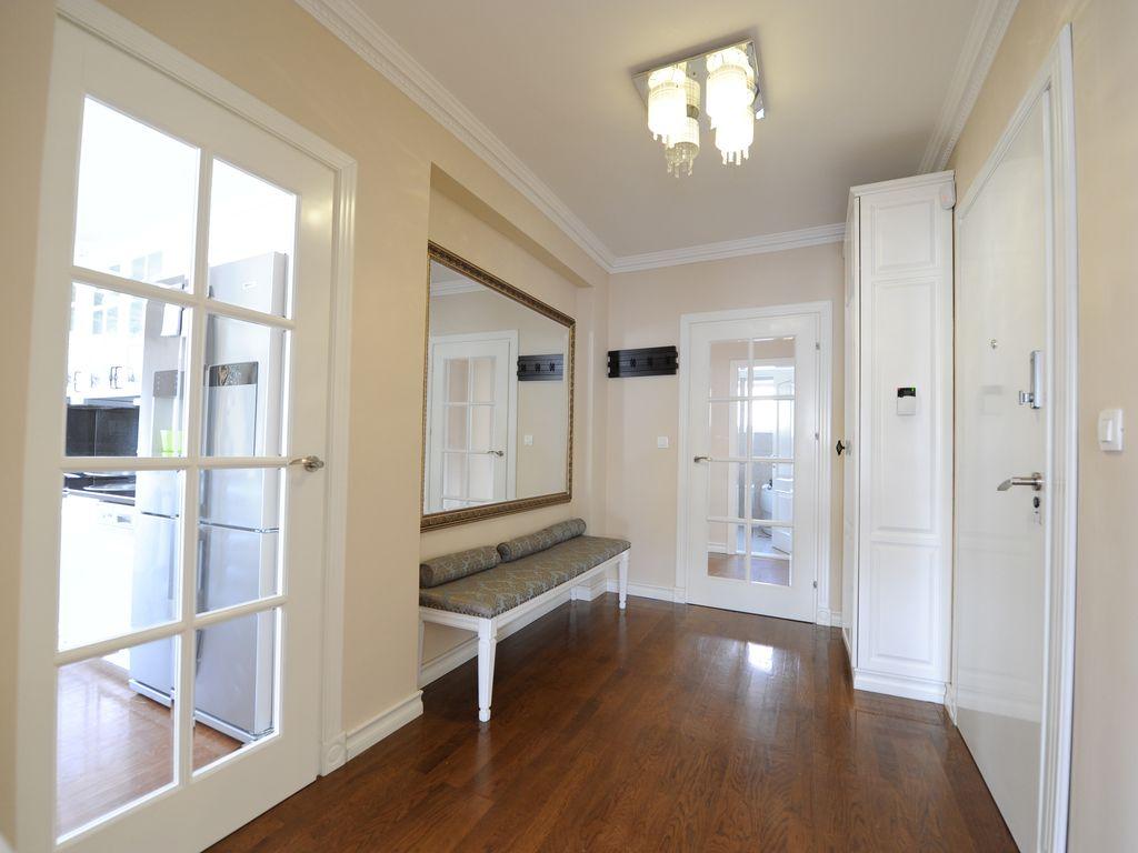 Однокомнатная квартира с прихожей в стиле прованс