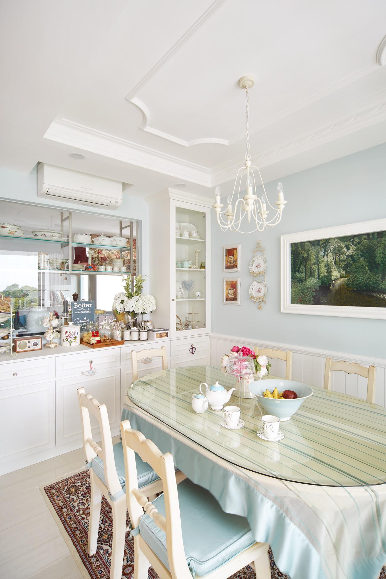 Однокомнатная квартира со столовой в стиле прованс