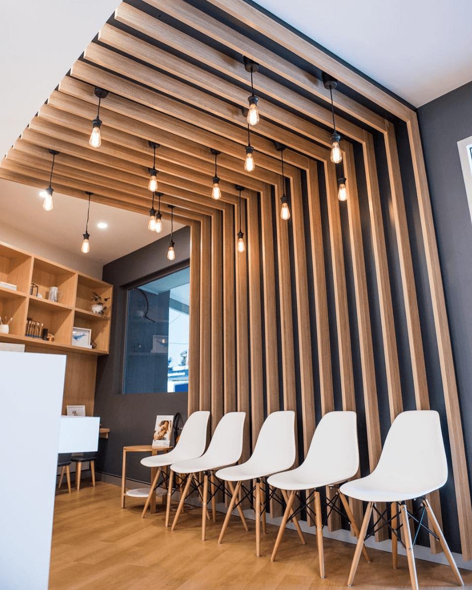 Декоративные рейки в интерьере: стильные решения