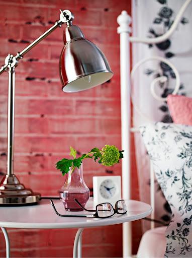 Освещение рабочего стола: как обеспечить зрительный комфорт?
